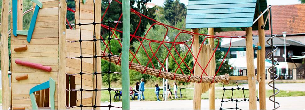 playground rope bridge